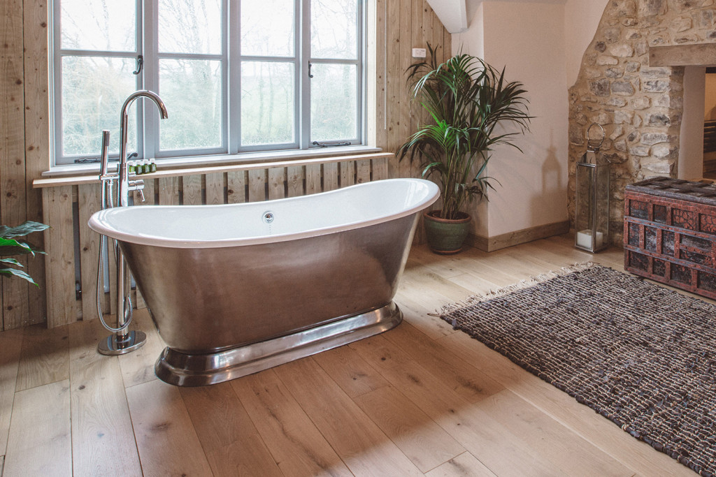 The Barn Bath